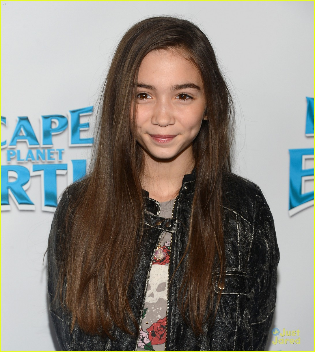 rowan blanchard escape earth premiere 02