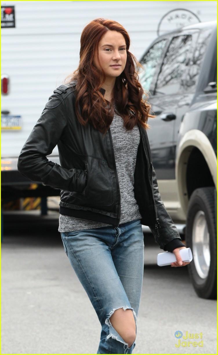 Shailene Woodley: Motorcycle Ride on 'Spider-Man 2' Set ...