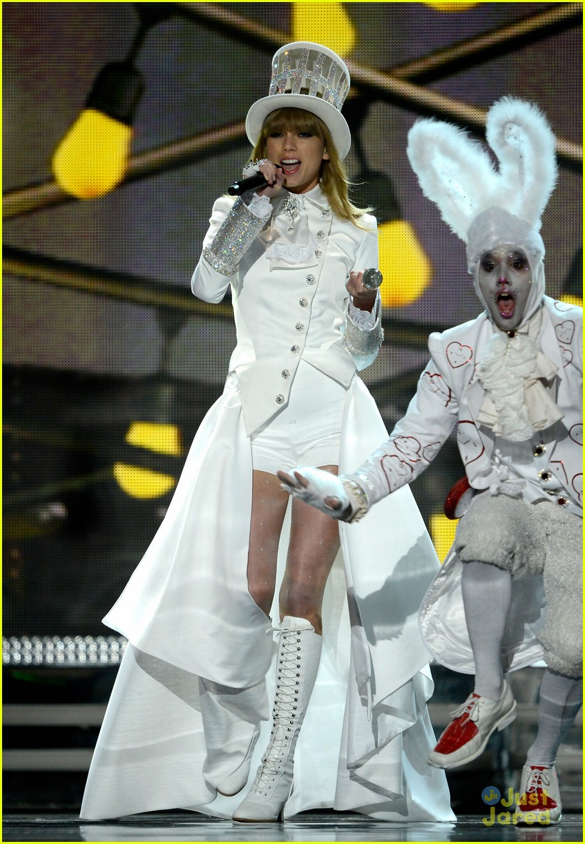 taylor swift grammys performance 06