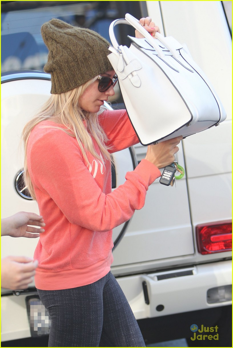 ashley tisdale hide shop 03