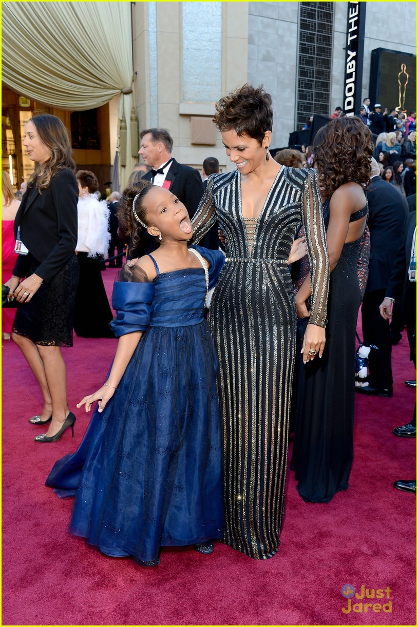 quvenzhane wallis 2013 oscars 04