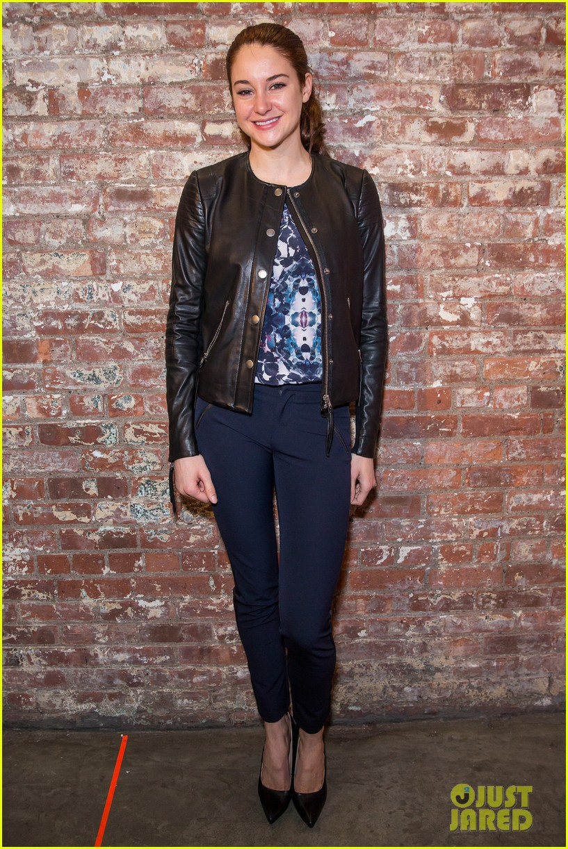 shailene woodley front row nyfw 29