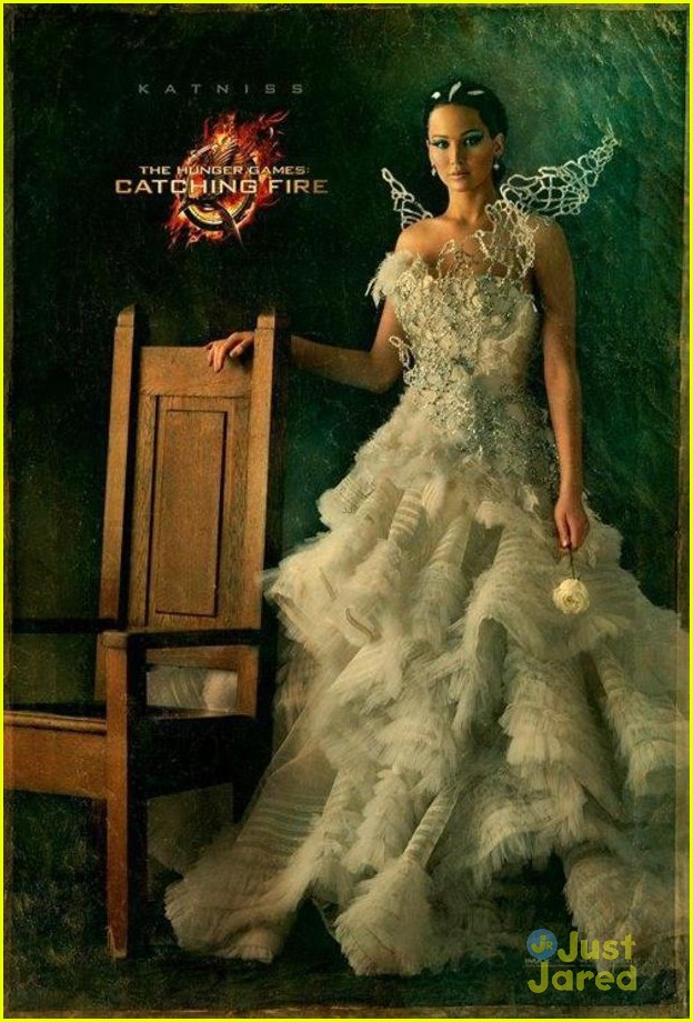 jennifer lawrence katniss catching fire poster 03