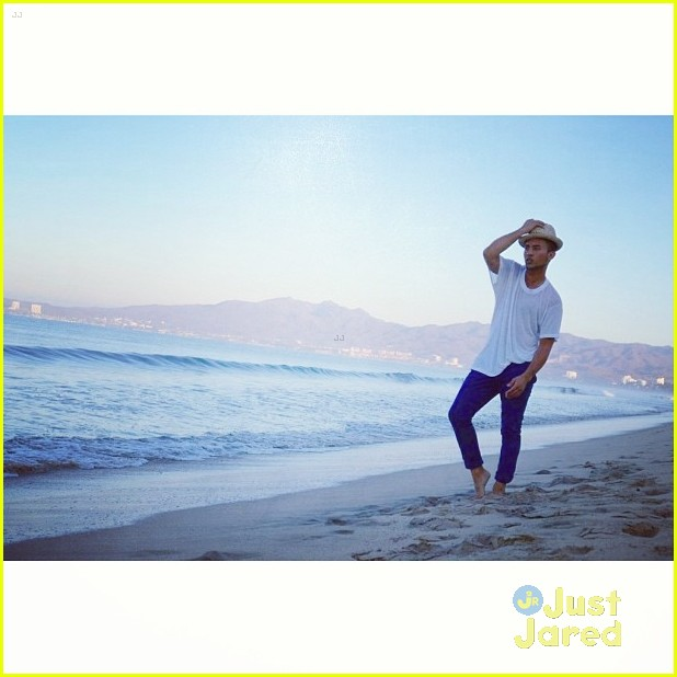 chelsea kane amp tahj mowry baby daddy vacation in mexico