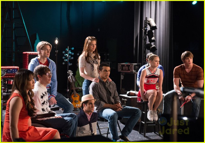 jessica sanchez first look at glee appearance 08