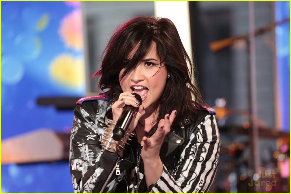 Daydream Stars: Demi Lovato: 'Good Morning America' Performance ...