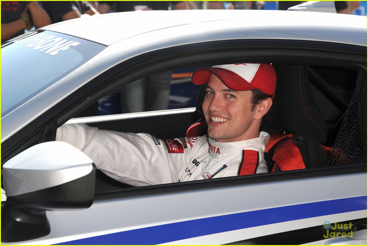 brett davern jackson rathbone toyota celebrity race 07