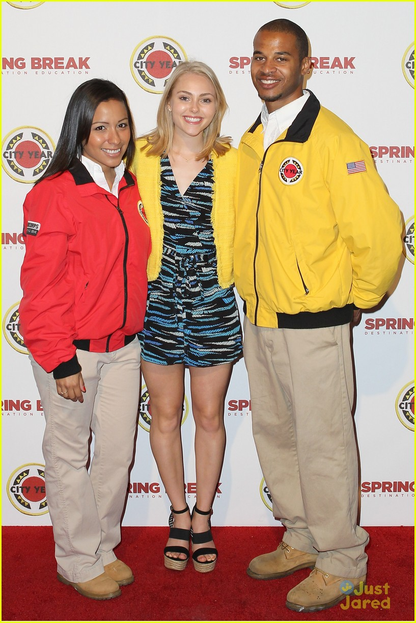 annasophia robb city year spring break fundraiser 04