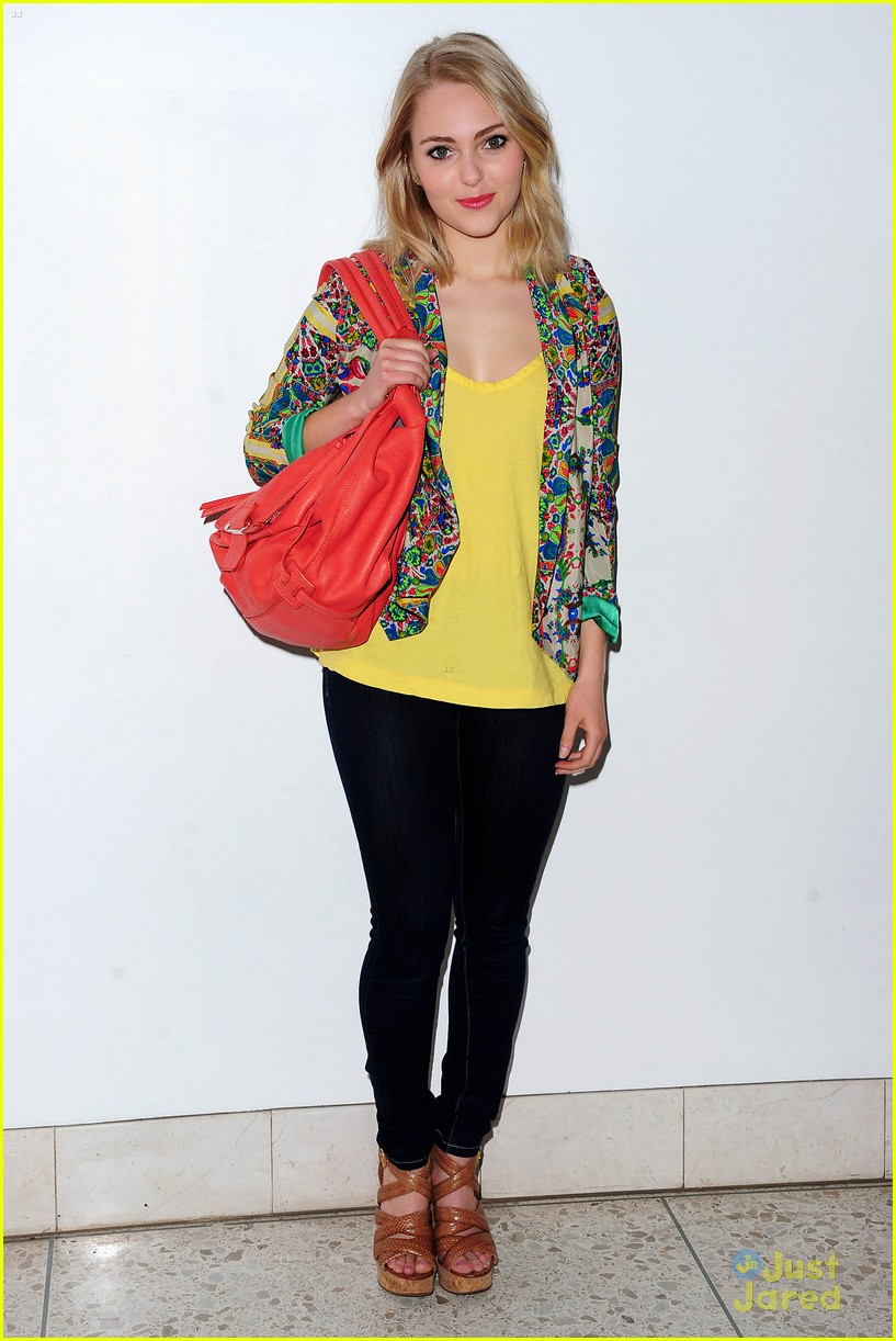 annasophia robb carrie hair 04