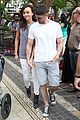 Ash-grove ashley madekwe iddo goldberg holding hands at the grove 04