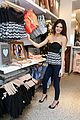 Jenners-pacsun kendall kylie jenner pac sun appearance 08