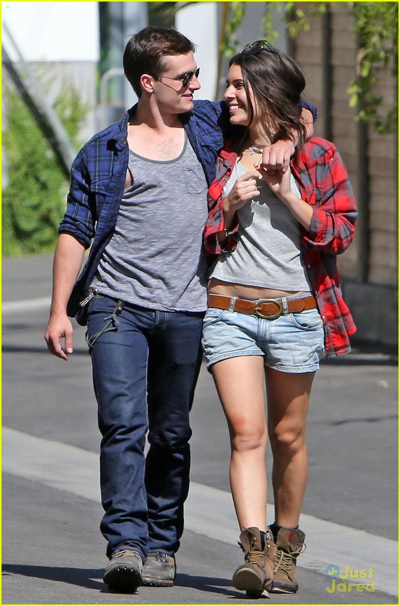 Josh Hutcherson & ...
