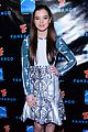 Hailee-summit hailee steinfeld asa butterfield summit comic con party pair 07
