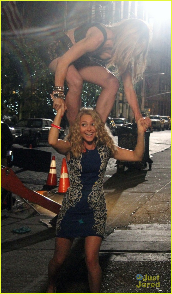 lindsey gort carrie diaries