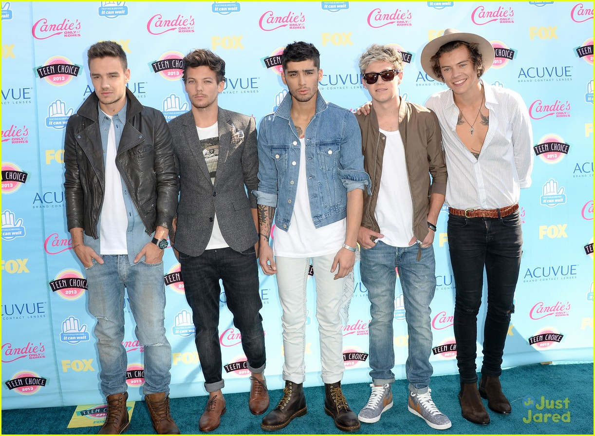 one direction teen choice carpet 03