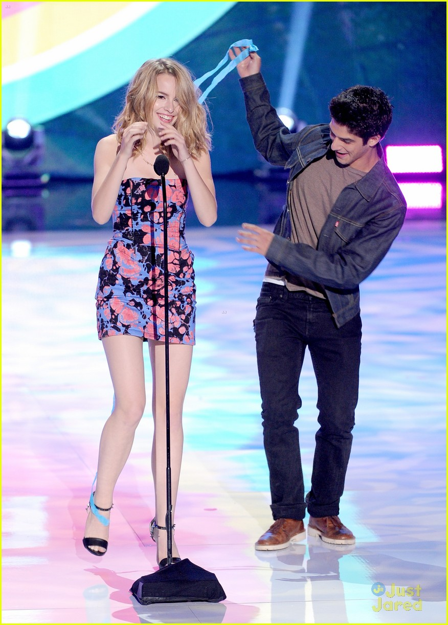 bridgit mendler teen choice awards 2013 05