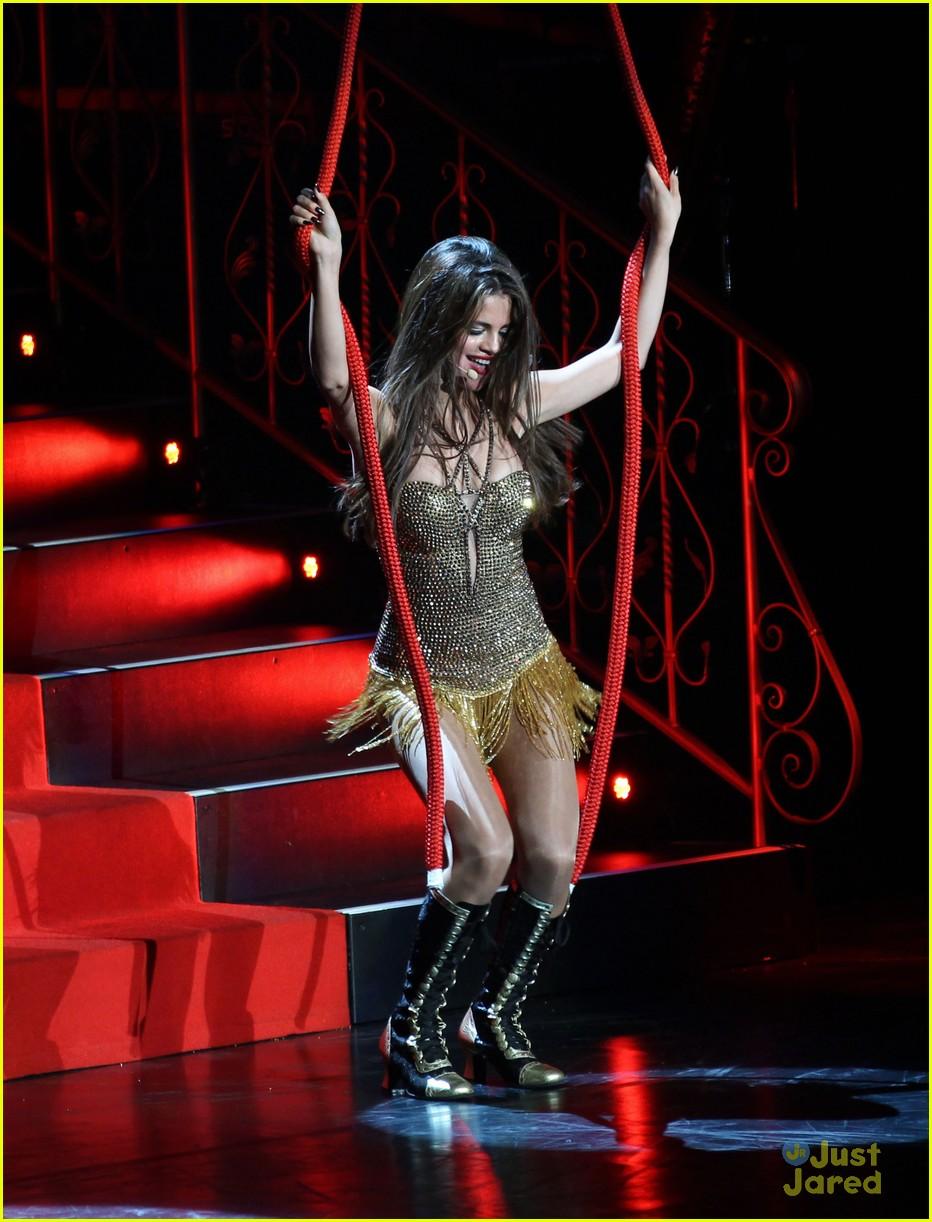 selena gomez stars dance tour kick off pics 40