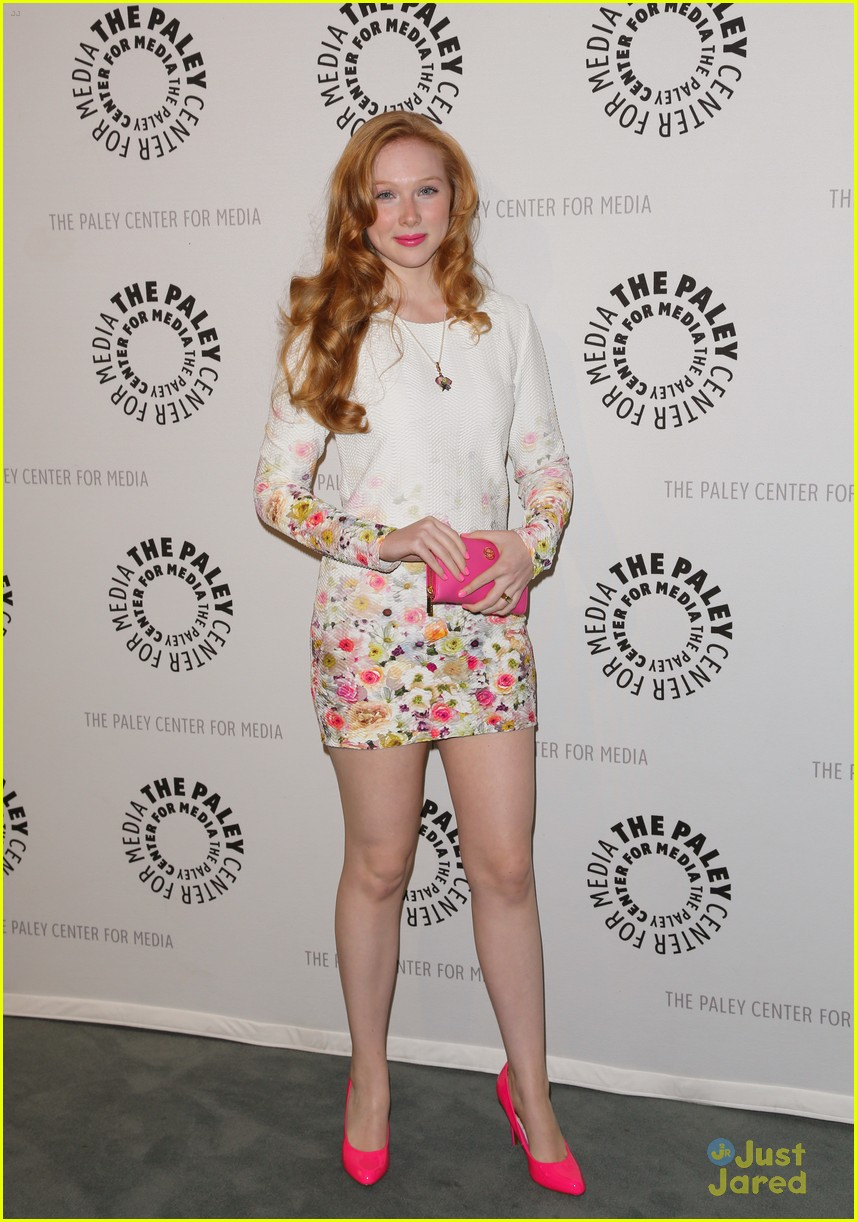 molly quinn castle at paley center photo 603772   photo gallery