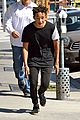 Smith-lunch1 jaden smith hangs with pals kylie jenner lunches with mom 08
