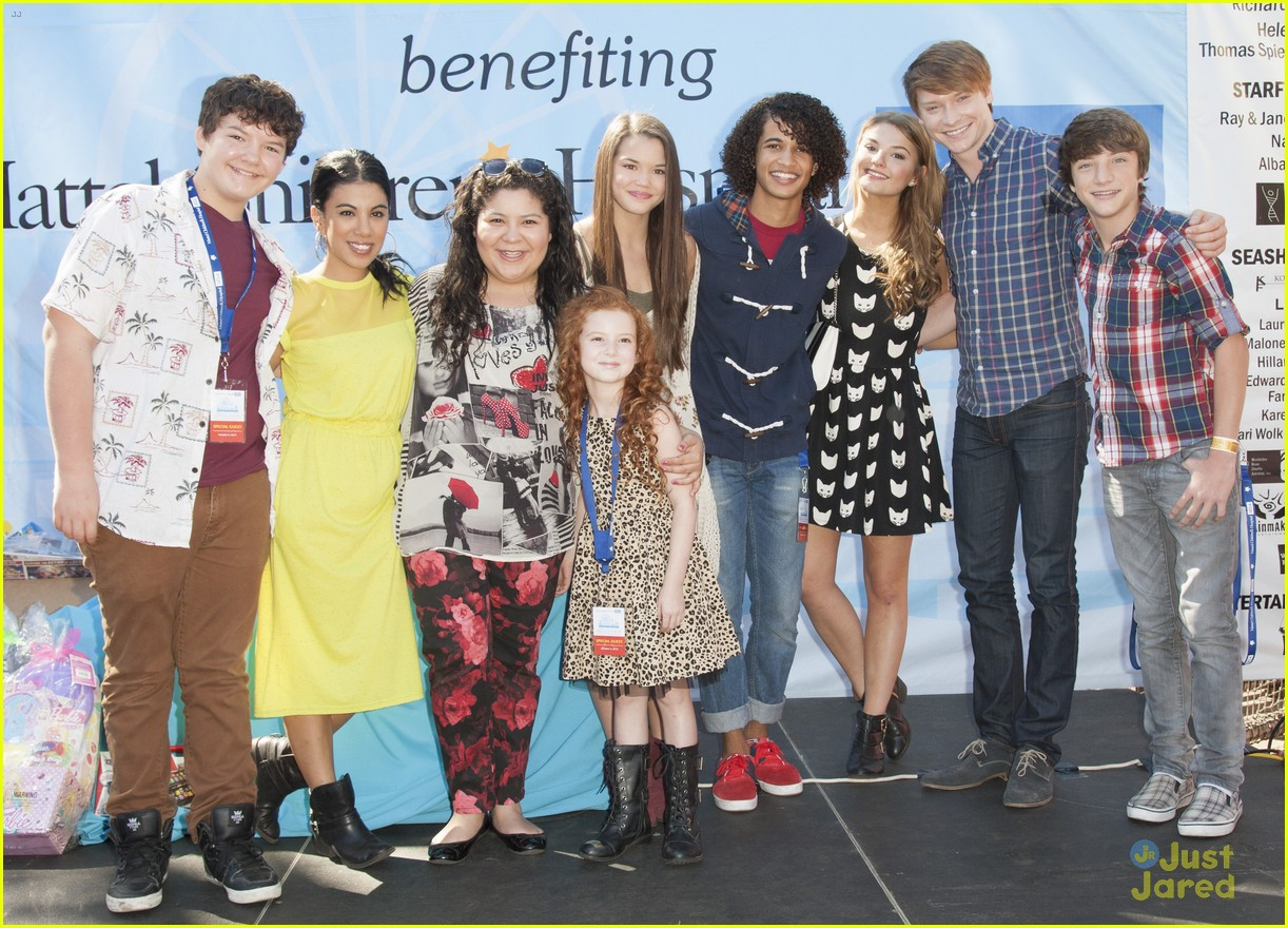 stefanie scott raini rodriguez mattel childrens hospital benefit 05