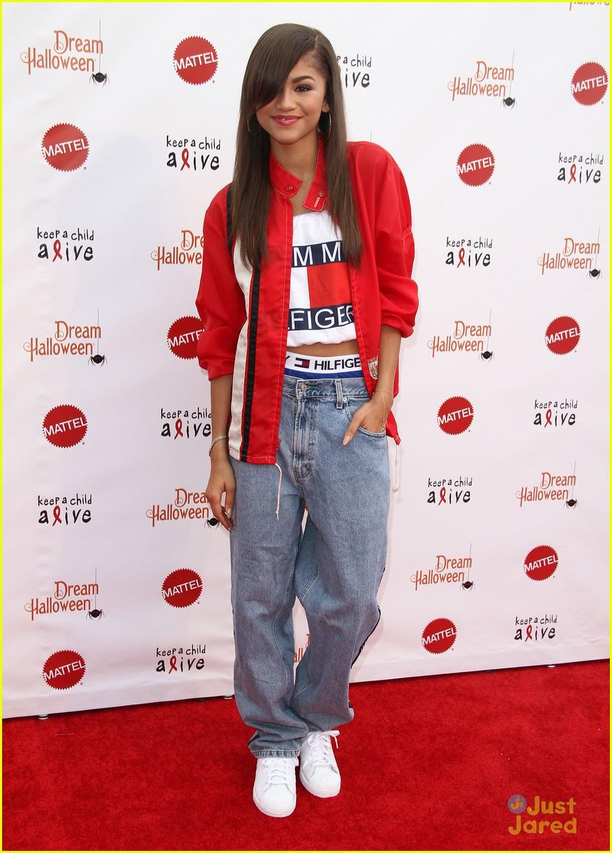 Zendaya Aaliyah Costume For Dream Halloween Performance