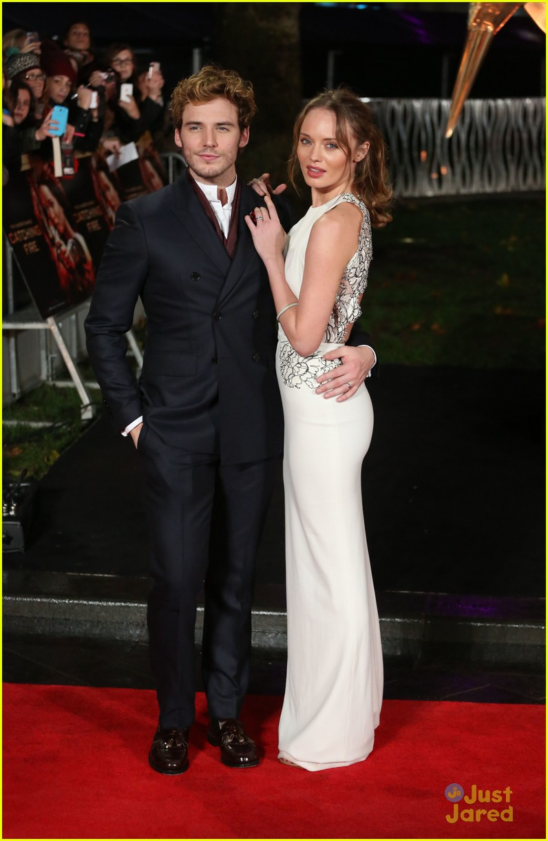 Sam Claflin & Laura Haddock: 'Catching Fire' Premiere in ...