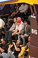 Efron-lakers zac efron camera courtside lakers game 01