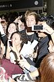 5sos-lax1 5sos casue fan frenzy at lax 24