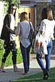 Hudgens-tisdale vanessa hudgens ashley tisdale day out 03