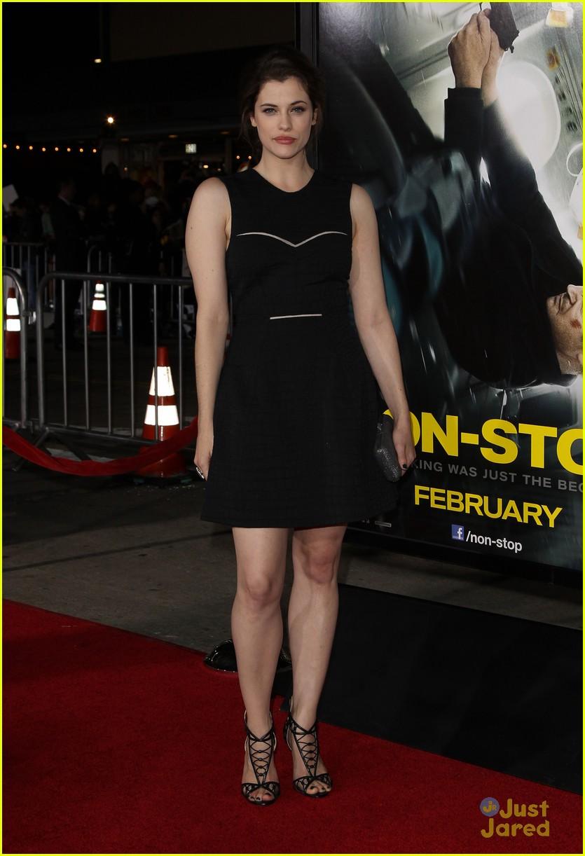 Jessica De Gouw: 'Non-Stop' Premiere Pics! | Photo 647063 ... Liam O'brien