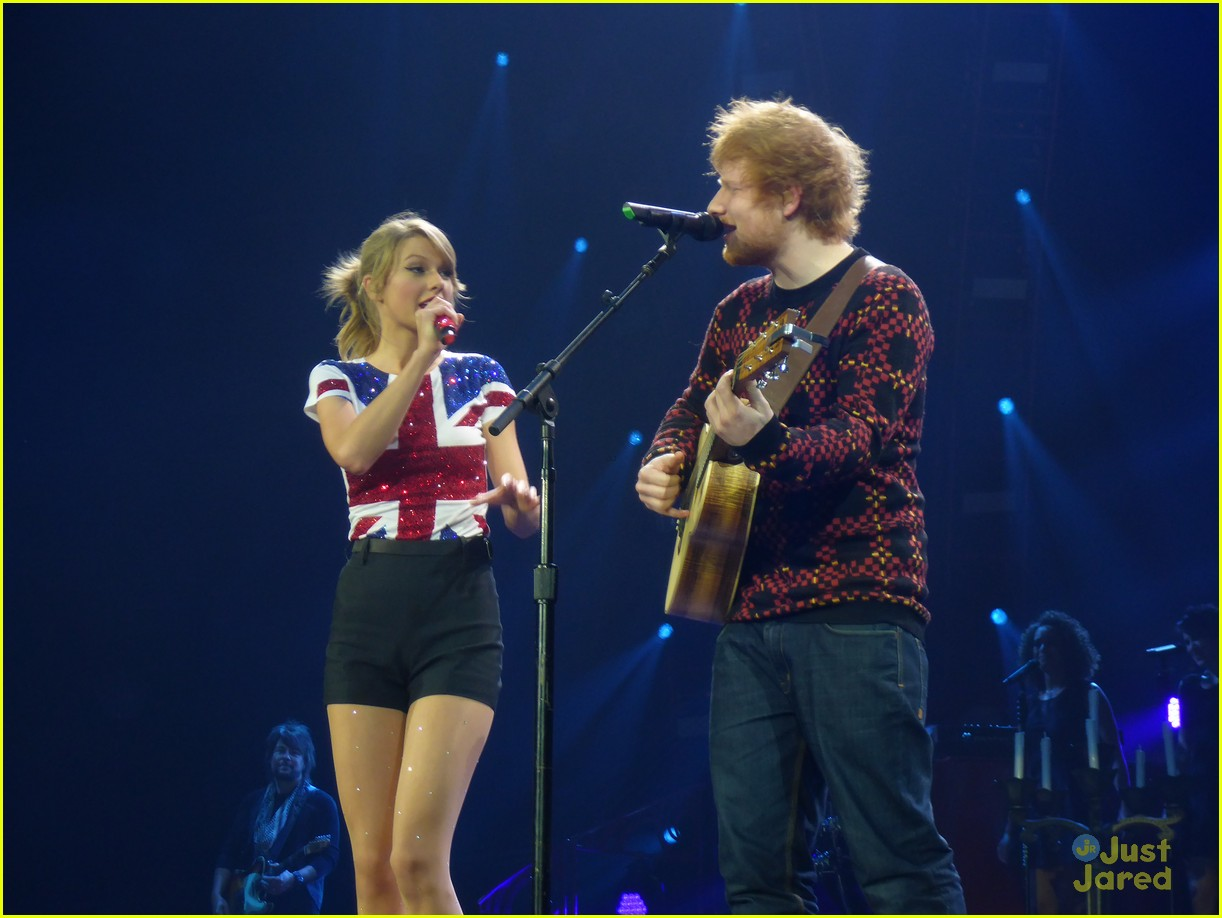 Taylor Swift Sings U0027Lego Houseu0027 With Ed Sheeran In London
