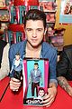 Unionj-hamleys union j doll signing hamleys 04