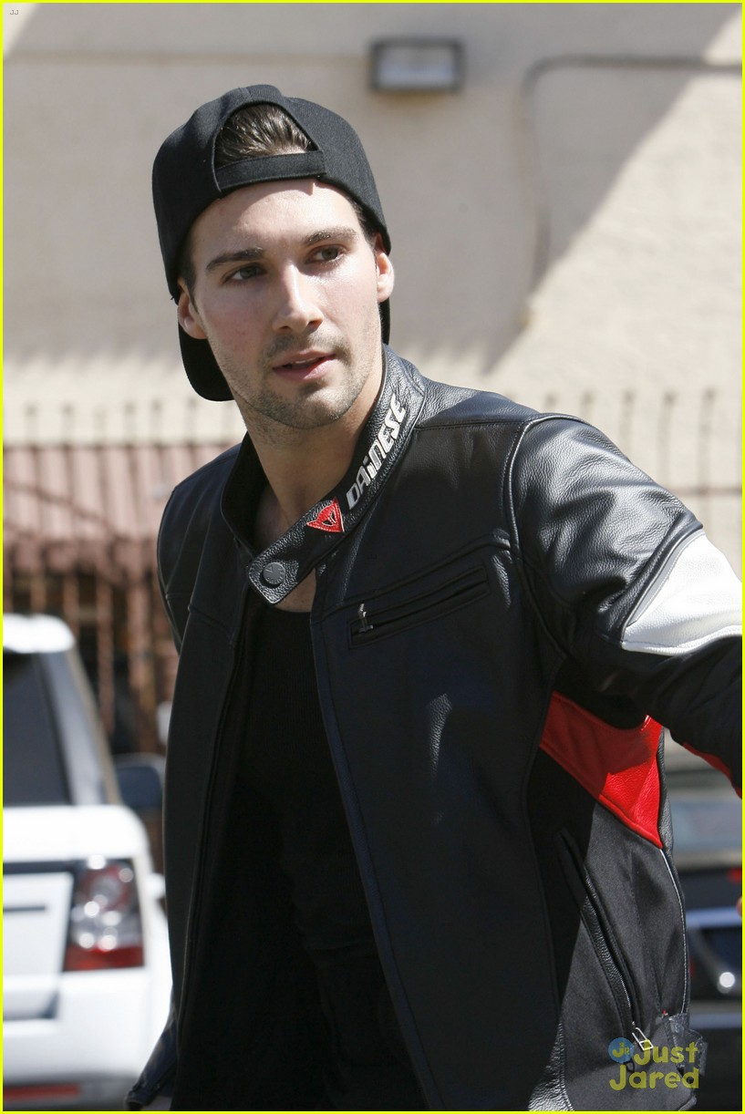 james maslow competing cody simpson on dwts 14
