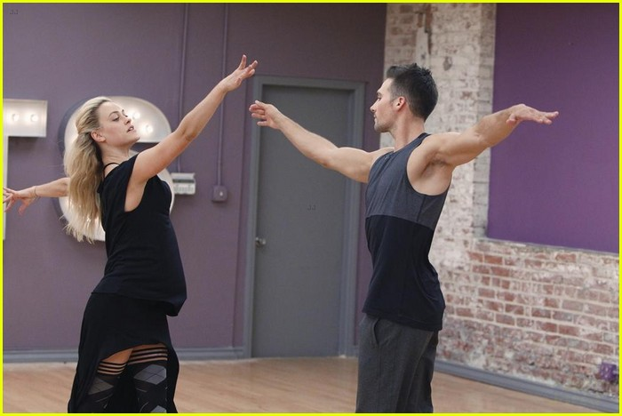 James Maslow & Peta Murgatroyd: Inside the DWTS Studio ...