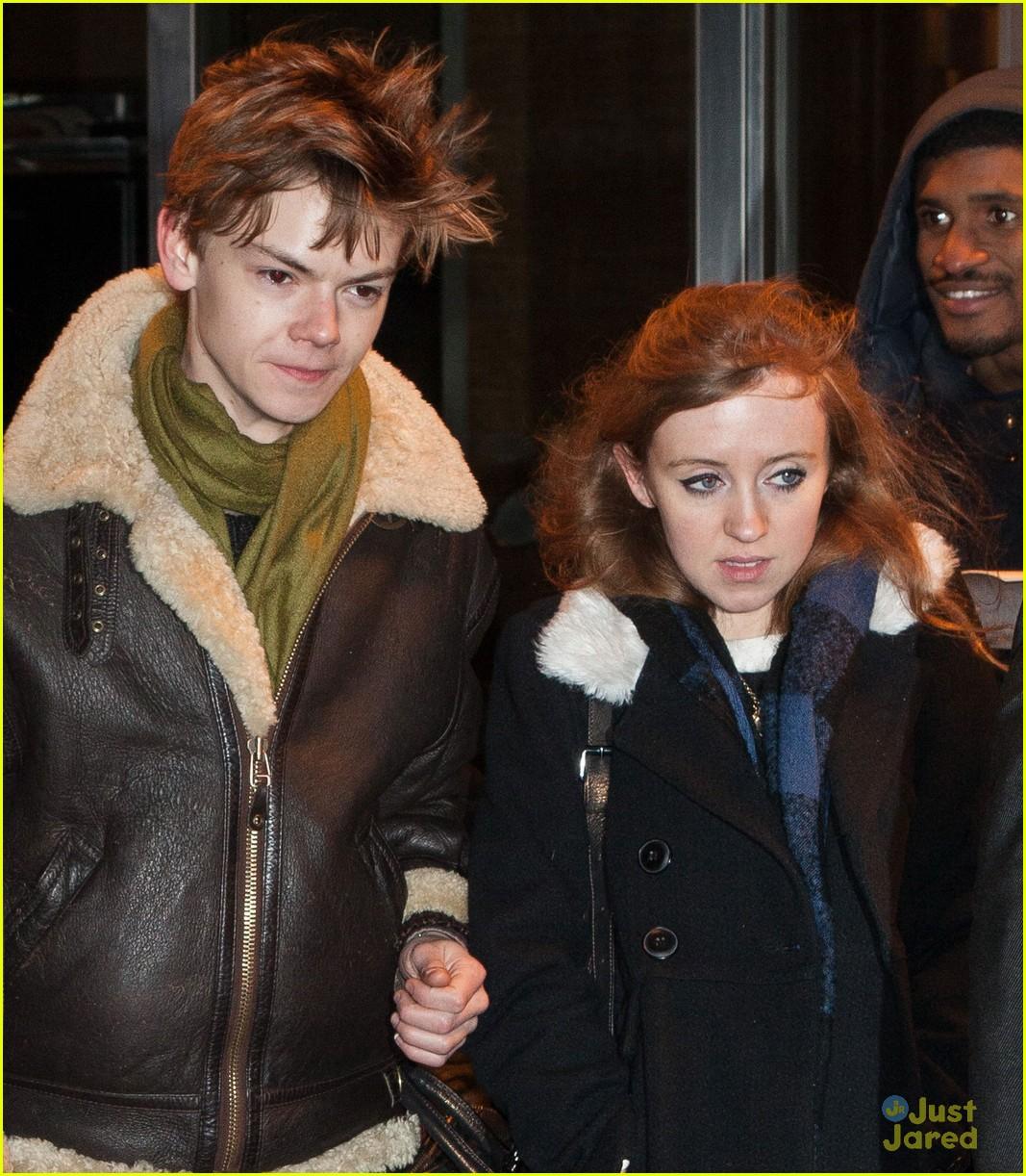 Томас и его девушка фото