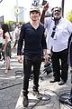 Ian-extra ian somerhalder fan friendly extra 04