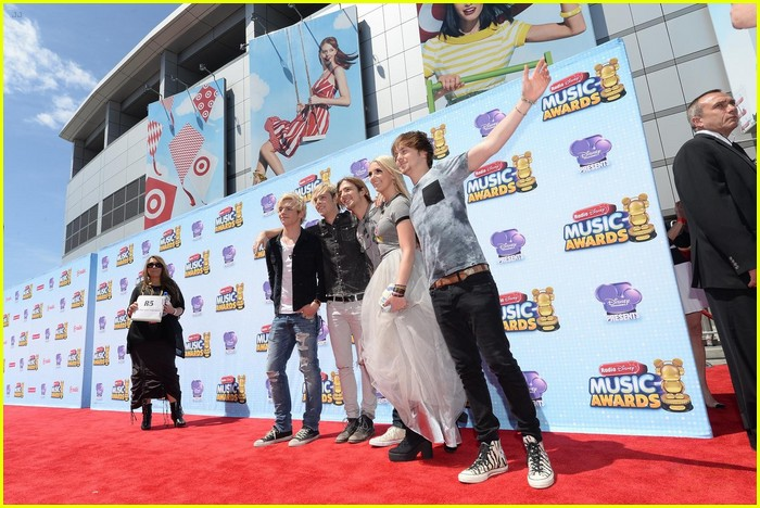r5 2014 radio disney music awards 01