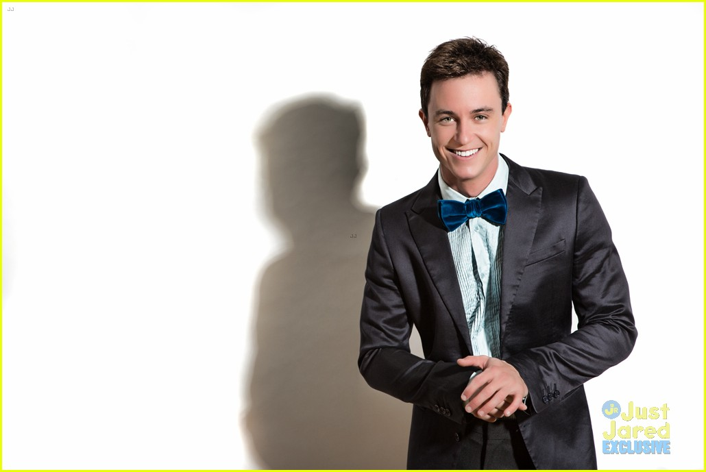 teen wolf ryan kelley opens up fun on set exclusive 04