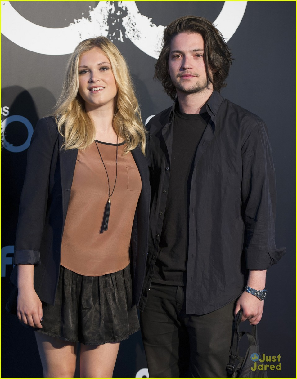 full sized photo of eliza taylor thomas mcdonell the 100