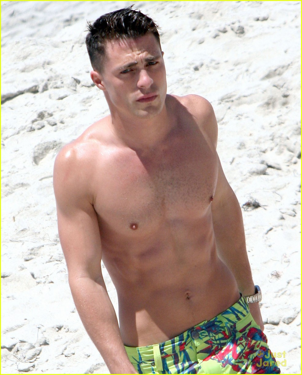colton-haynes-shirtless-beach-05.jpg