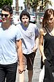 Jonas-hugos nick jonas joe jonas blanda hugos lunch 01