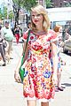 Swift-rosy taylor swift wildflower dress young fans nyc 06