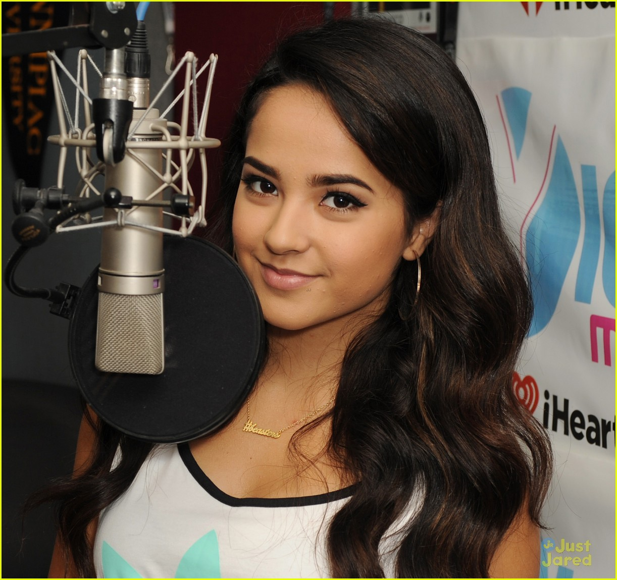Full Sized Photo of becky g single shower didnt come in ... Becky G Hairstyles Shower