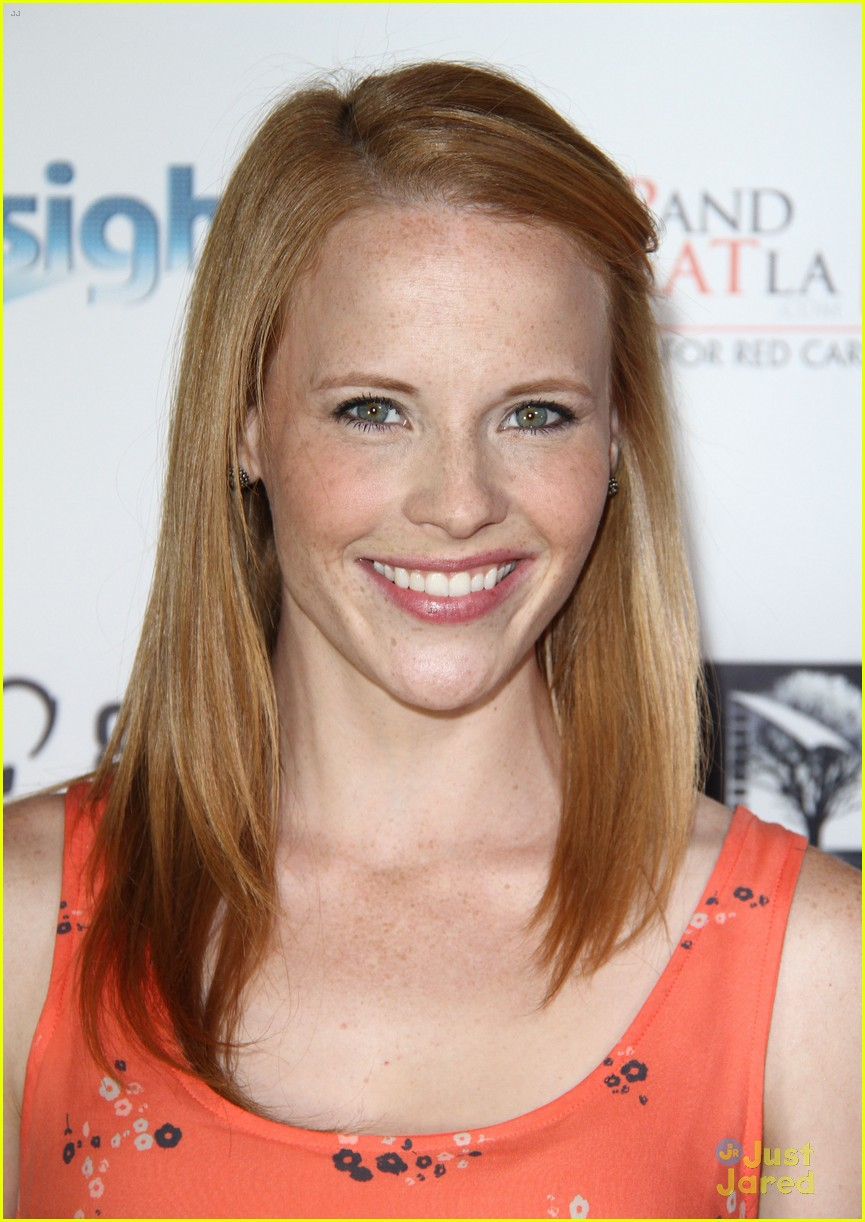 Katie Leclerc Attends 8 Days Premiere After Wedding To Brian Habecost Photo 716772 Photo