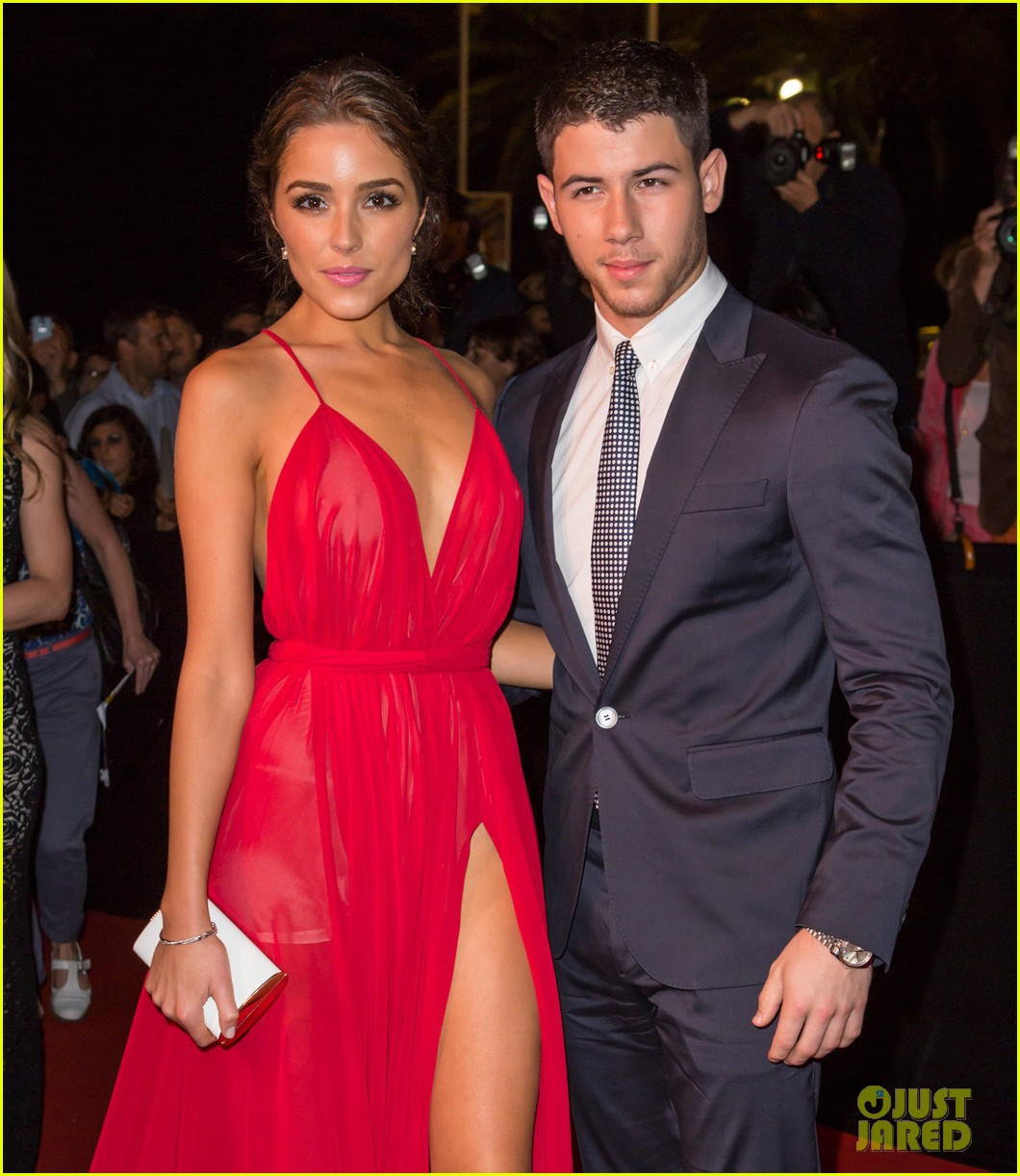 jonas brother dating miss universe Well, actually, we don't know who asked who out, but the fact is the super buff, super hot jonas brother was recently spotted with miss universe olivia culpo having dinner in new york city the.