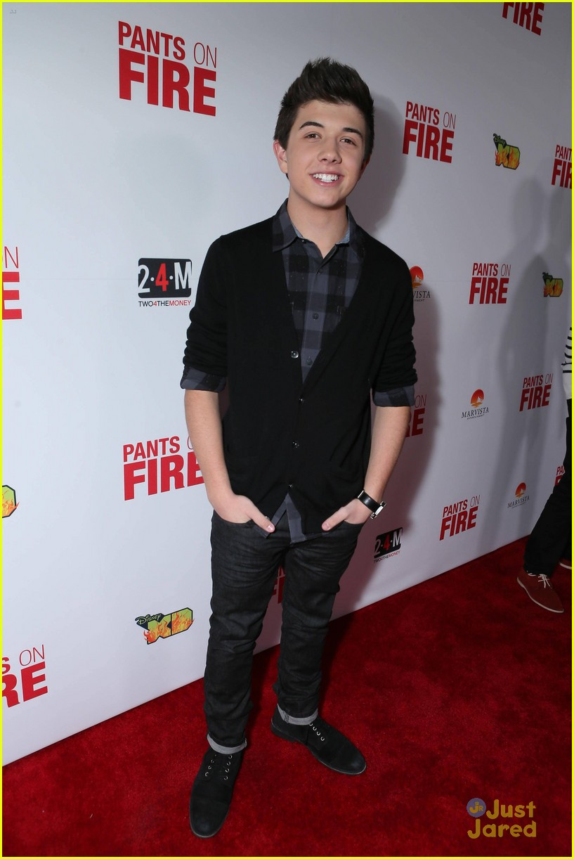 bradley steven perry tyrel jackson williams pants fire premiere 03
