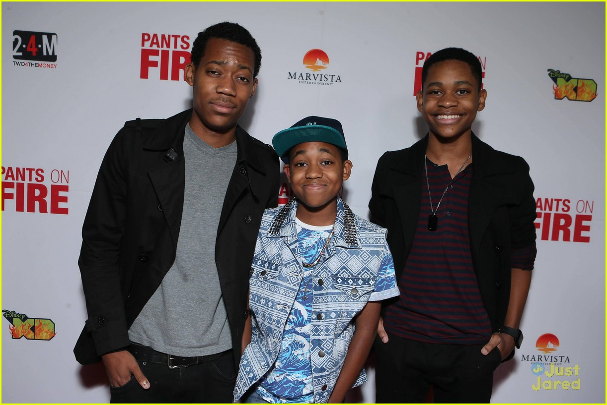 bradley steven perry tyrel jackson williams pants fire premiere 15
