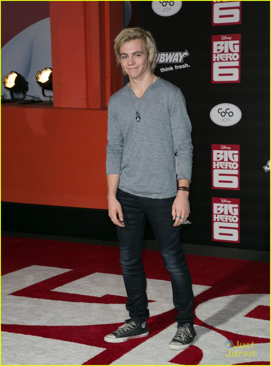 ross lynch new film big hero 6 premiere 15