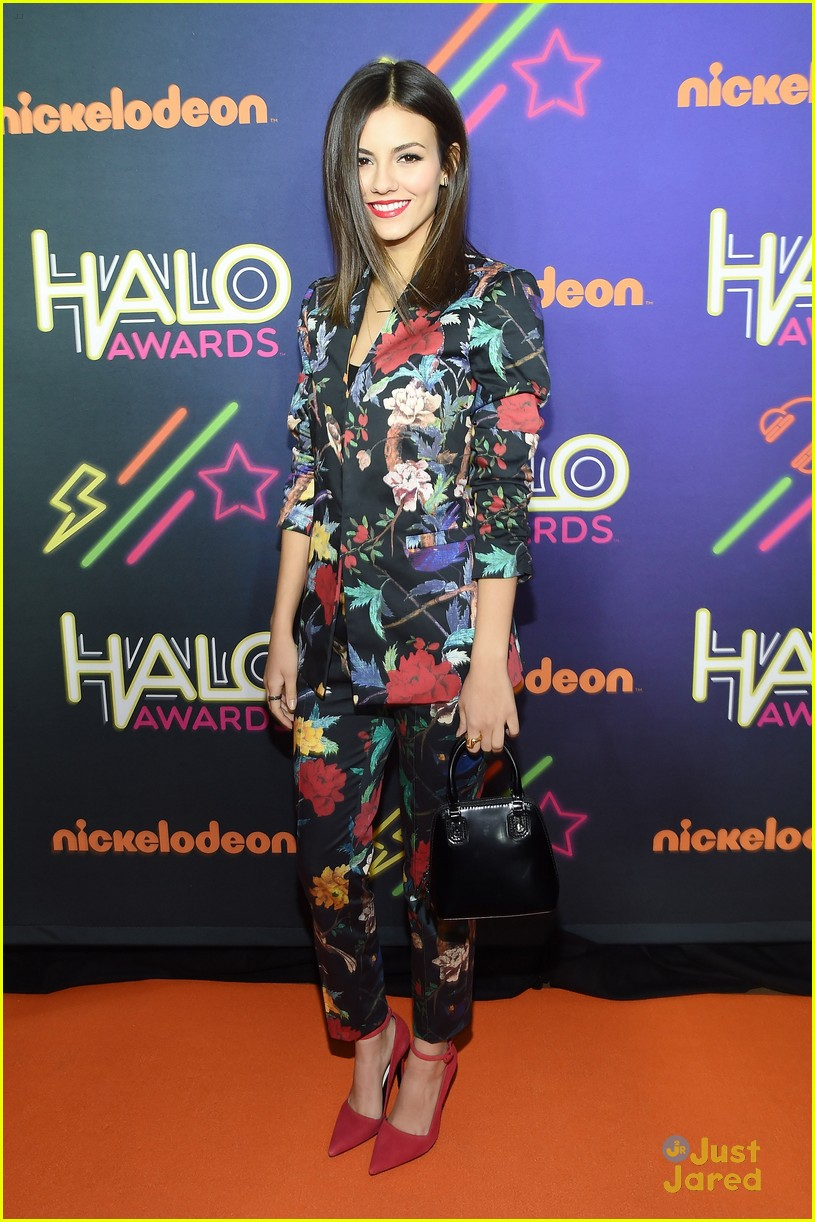 victoria justice leon matt reunion 2014 halo awards 06