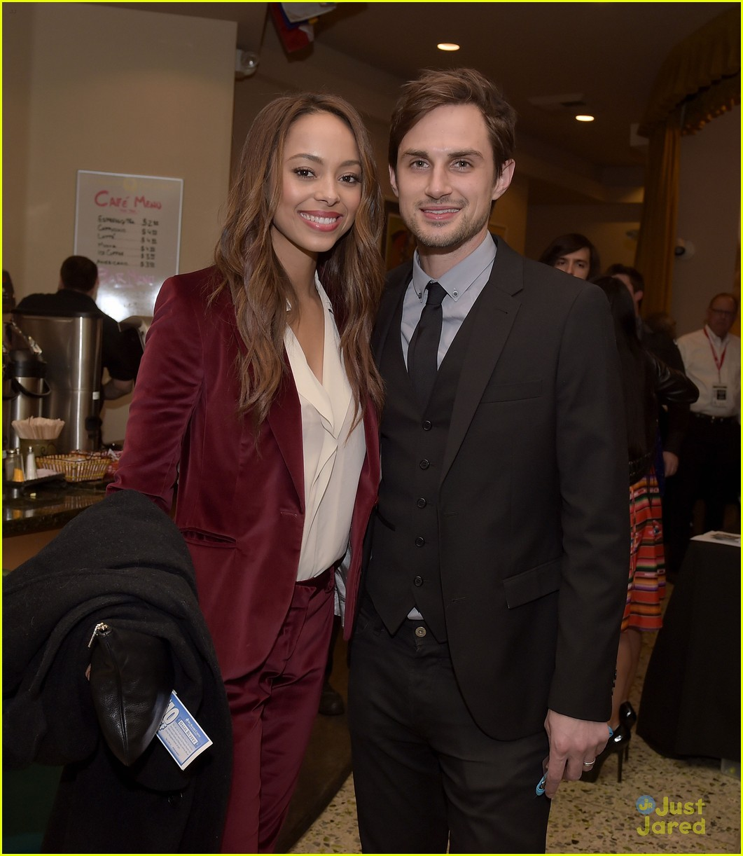 amber stevens dating andrew west Amber stevens marries andrew j west, the walking dead's on friday married longtime boyfriend and former co-star andrew j west, who.